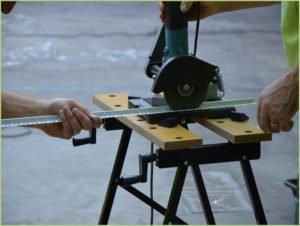 Comment poser du granulat de marbre - Coupe des profilés