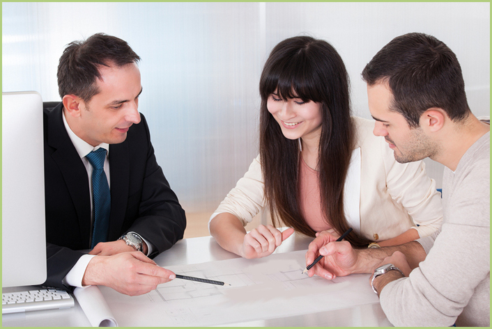 Un entretien commercial dans la confiance et la sérénité