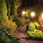 Jardin éclairé par des LED