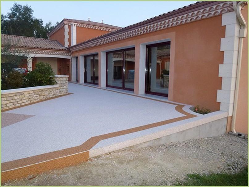 Terrasse résine de marbre botticino et rosso verona