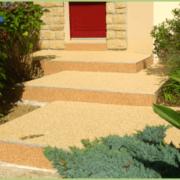 Escalier en granulats et resine